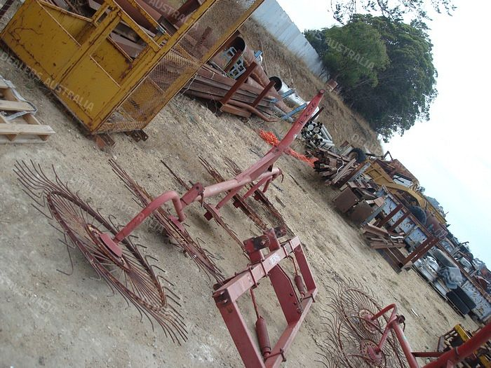 Vicon 10 Reel V Rake for sale in SA #TE3056 | Truck Dealers
