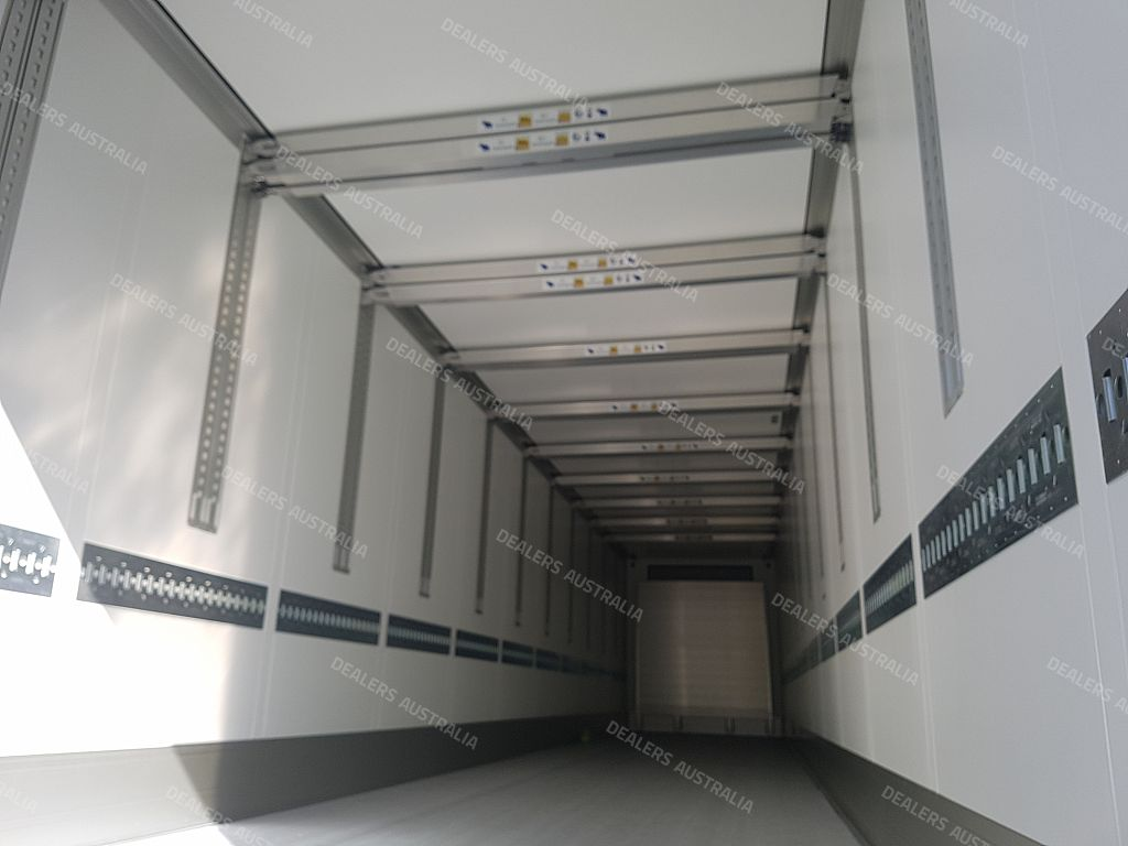 Schmitz Cargobull 24 Pallet Freezer Trailer Single Temp
