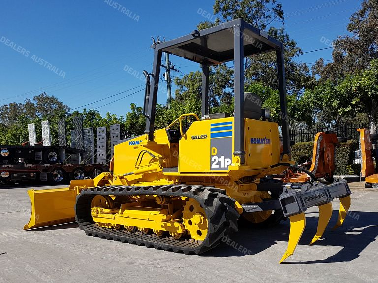 2005 Komatsu D21 D21P-8 Dozer with Rubber Tracks for sale in